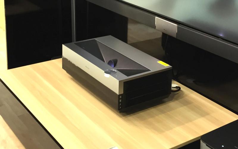 ifa 2016 hisense zeigt 4k kurzdistanz projektor. Black Bedroom Furniture Sets. Home Design Ideas